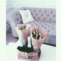 Cava & tulips