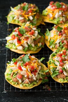 These Delicious Dinner Recipes Prove That Healthy Meals Can Be Flavorful Too Layer your favorite toppings like guacamole, pico de gallo, and beans to make these tostadas extra tasty. Get the recipe at Cooking Classy. Tostada Recipes, Recipes With Guacamole, Guacamole Recipe, Chicken Tostadas, Shrimp Tostadas, Quesadilla Chicken, Guacamole Chicken, Bite Size Appetizers, Party Appetizers
