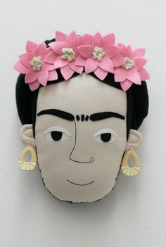 Frida Kahlo pillow face  Rosa Chiaro di pollaz su Etsy, €55,00