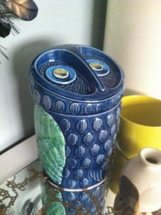 Retro Japanese cookie jar, the owl
