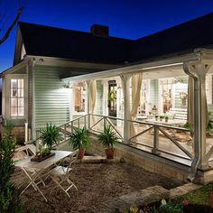 1800s Farmhouses Design...so homey!