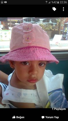 Bucket Hat, Hats, Fashion, Moda, Hat, Fashion Styles, Fashion Illustrations, Fashion Models, Panama