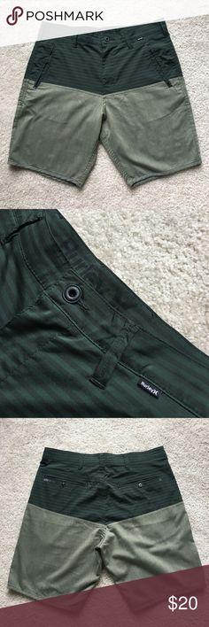 Hurley Walkshorts (Nike Dri-Fit) Hurley (Nike Dri-Fit) Walkshorts                                             Color: Green          Size: 31          Condition: Great Hurley Shorts Hybrids