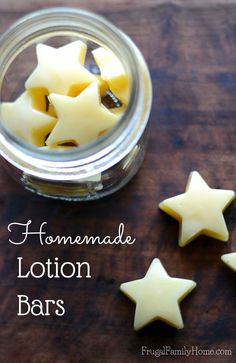We use a lot of lotion around our house. Some lotions have lots of additive I dont care to put on my skin. If youre like me youll want to try this diy lotion bars recipe. It takes just three ingredients to make. Its great for that summer or winter dry Diy Lotion, Lotion Bars, Homemade Body Lotion, Homemade Soap Bars, Hand Lotion, Lotion En Barre, Mac Cosmetics, Diy Cosmetics To Sell, Handmade Cosmetics