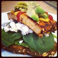 on a budget tofu sandwich! on a budget tofu sandwich! Tofu Sandwich, Easy Sandwich Recipes, Avocado Toast, Sandwiches, Budget, Healthy Recipes, Chicken, Meat, Breakfast