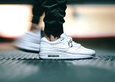 Nike Air Max 1 'Pinnacle' - 2016 (by juanma_jmse) . – Nike Air Max 1 'Pinnacle' - 2016 (by juanma_jmse) Get them here: Sneakersnstuff / End Clothing / Find more shops → Buy Sneakers, White Sneakers, Air Max Sneakers, Me Too Shoes, Men's Shoes, Nike Shoes, Shoes Style, Air Max 1, Nike Air Max
