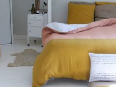 Pink and mustard linen double-sided duvet cover