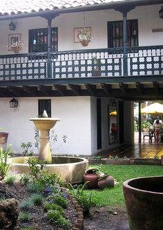 Casa de la Sociedad de Amigos del País - La Candelaria. Bogotá