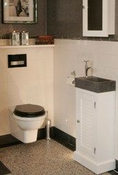 Landelijke fonteinmeubels Toilet Room, New Toilet, Bathroom Toilets, Small Bathroom, Downstairs Toilet, Under Stairs, Terrazzo, Powder Room, Sweet Home