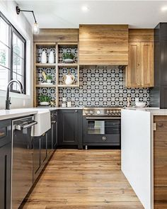 93 kitchen interior design trends for your home 1 Kitchen Decor, Kitchen Inspirations, Home Interior Design, Home Decor Kitchen, House Interior, Kitchen Interior, Home, Kitchen Remodel, Home Decor