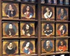 Cajas policromadas del Siglo XVIII.