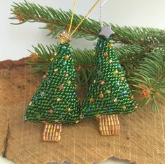 Christmas Tree Hanger  Xmas Bauble  Glass Beads  by DewCatDesigns