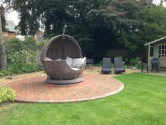 Customer had to take a tree down in the garden - covered the tree stump with a rotating daybed. What a great idea - could anything fit any better?