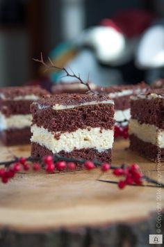 Halvah Cake: The best cake on Christmas Sweet Bakery, Tiramisu, Christmas Sweets, Sweet Tooth, Cheesecake, Dessert Recipes, Food And Drink, Baking, Ethnic Recipes