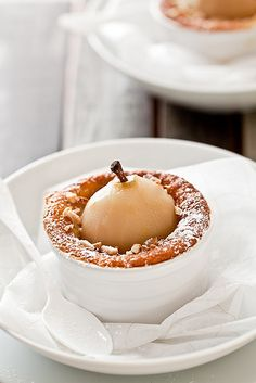 Pears add so much visual interest to a dessert. Poached Pear And Almond Fallen Souffle Cakes Pear Recipes, Sweet Recipes, Cake Recipes, Dessert Recipes, Köstliche Desserts, Delicious Desserts, Yummy Food, Pear And Almond Cake, Almond Cakes