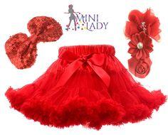 Piros pettiskirt Tulle, Mini, Fashion, Moda, Fashion Styles, Tutu, Fashion Illustrations, Mesh, Tulle Skirts
