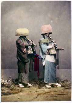 """Komuso """"Basket"""" monks -  AKomusō(虚無僧)was a Japanese monk during theEdoperiod.Komusō were characterised by the straw basket (Tengai) worn on the head, manifesting the absence of specific ego.They are also known for playing solo pieces on theShakuhachi flute.The Japanese government introduced reforms after the Edo period, abolishing the sect: Komusōmeans""""priest of nothingness"""" or """"monk of emptiness"""" - Zen"""