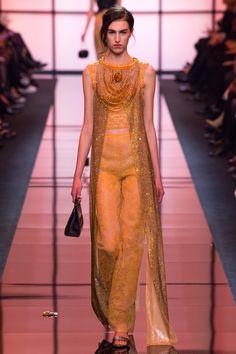 Armani Privé Spring 2017 Couture Fashion Show Collection