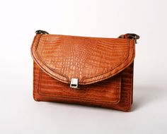 vintage leather handbag tan brown crocodile 80s shoulder bag retro danish
