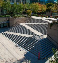 Landscape Stairs, Urban Landscape, Landscape Design, Architecture Cool, Landscape Architecture, Ramp Stairs, Outdoor Stairs, Staircase Design, Urban Planning