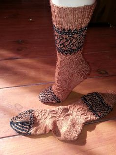 Ravelry: Project Gallery for Eisern pattern by General Hogbuffer