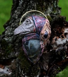 This necklace was inspired by the Dark Crystal and it features a Mystic, the Alchemist. This necklace was completely handmade with polymer clay, find it in the link at the top. Jewelry Shop, Handmade Jewelry, Jewelry Making, The Dark Crystal, Polymer Clay Art, Alchemist, Crystal Jewelry, Mystic, Fantasy