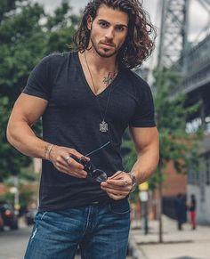 Gorgeous Men, Beautiful People, Herren Outfit, Hommes Sexy, Fine Men, Attractive Men, Good Looking Men, Male Beauty, Handsome Boys