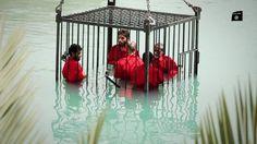 Cazuza: Estado Islâmico mostra 'espiões' sendo afogados em...