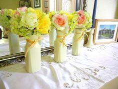 Make vases using old Tropicana juice bottles!  SMART #Craft! #TropFloridaOJ