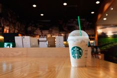 Coffee-lovers! Want to know how to save more at Starbucks? Here are 10 tips that can help you save when ordering your favorite Starbucks drinks.