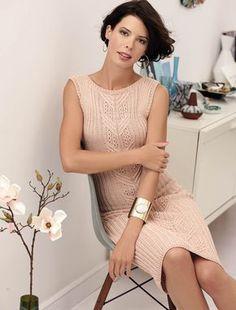 Облегающее платье с узором из кос - схема вязания спицами. Вяжем Платья на Verena.ru