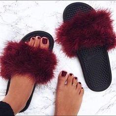 Nike Shoes - Nike faux fur sandals