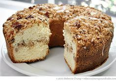 The Barefoot Contessa& Sour Cream Coffee Cake with Brown Sugar-Pecan Streus. - Cake- The Barefoot Contessa& Sour Cream Coffee Cake with Brown Sugar-Pecan Streusel Breakfast And Brunch, Breakfast Cake, Brunch Cake, Breakfast Muffins, Streusel Coffee Cake, Sour Cream Coffee Cake, Jewish Coffee Cake Recipe Sour Cream, Pecan Sour Cream Pound Cake Recipe, Streusel Topping