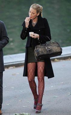 Look total black di Serena Van Der Woodsen
