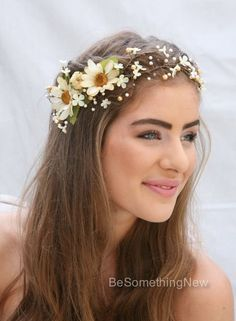 Bridal Hair Wreath Rustic Floral Hair Vine of Ivory Daisies and Pearls, Beaded Woodland Wedding Halo, Flower Crown. This fall wedding floral hair vine features ivory and gold pearls wired in with small ivory daisies, at the side ar Wedding Hair Flowers, Bridal Flowers, Flowers In Hair, Hair Wedding, Flower Headband Wedding, Floral Crown Wedding, Fall Flowers, Boho Headpiece, Flower Headpiece