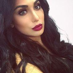 These lashes @shophudabeauty mink lashes in Raquel Snapchat: RealHudaBeauty