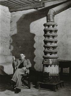Brassaï - PICASSO DANS SON ATELIER; Medium: Silver print; Dimensions: 36.5 X 27 cm.