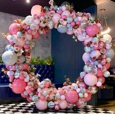 balloon arch What can be better than handmade balloon decorations to enliven a party? Here is an amazing gallery of DIY balloon decorating ideas to help you out. Browse below. Birthday Party Decorations, Baby Shower Decorations, Party Themes, Birthday Parties, Ideas Party, Birthday Cake, Wedding Balloon Decorations, Wedding Decoration, Balloon Backdrop