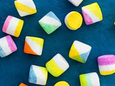 Dip-Dyed Marshmallows #easter #recipes