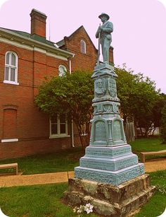 Tyrrell County Confederate monument in Columbia, NC. Confederate Monuments, Confederate Flag, Southern Heritage, Southern Style, America Civil War, Civil War Photos, Historical Monuments, Military Service, Teaching History
