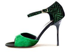 Madame Pivot, the main italian brand for tango shoes. Scegli e personalizza le tue scarpe da tango. Tango Dance, Tango Dress, Ballroom Shoes, Ballroom Dancing, Tango Shoes, Dancing Shoes, Salsa Shoes, Unique Heels, High Heels