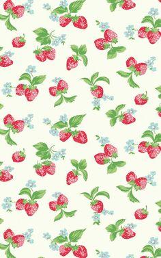 Cute chic strawberries wallpaper