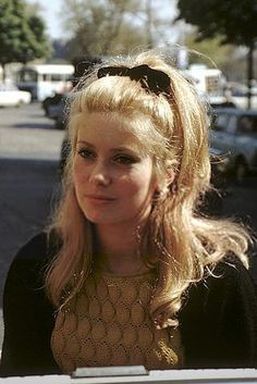 Most Beautiful Faces, Beautiful Person, Catherine Deneuve Young, Catherine Denueve, Star Francaise, 70s Inspired Fashion, 60s Hair, Chanel Beauty, Bridal Hair And Makeup