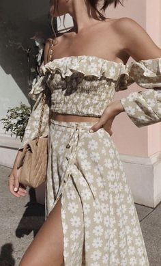 Twist Off Shoulder Casual Women Dress Ruffle Beach Summer Dresses Floral Print Dress Suit Vestidos Mode Outfits, Fashion Outfits, Fashion Tips, Fashion Styles, Fashion Ideas, Fasion, Womens Fashion, Dress Fashion, Bikini Fashion