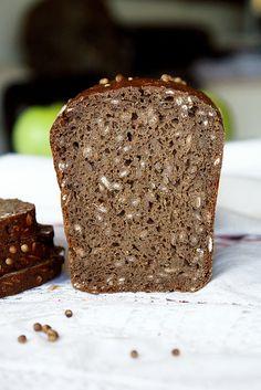 rye bread (recipe no. 100 Rye Bread Recipe, Rye Bread Recipes, Cake Recipes, The Fresh Loaf, Fresh Bread, Grain Foods, I Foods, Vintage Baking, Baking Supplies