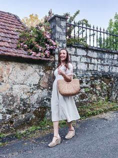Vintage Linen Dress - Easter in Galicia Vintage Linen, Easter Dress, Linen Dresses, Feminine, My Style, Outfits, Beautiful, Fashion, Women's