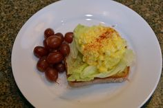 This is an easy, basic egg salad recipe... perfect for using up those leftover Easter eggs!! #Easter #eggsalad