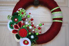 DIY. foam wreath, yarn.