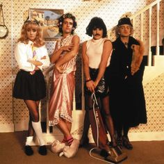 "QUEEN - Freddie Mercury, Brian May, Roger Taylor & John Deacon -from the ""I want to break free"" Music Video Queen Freddie Mercury, John Deacon, Rock And Roll, I Am A Queen, Save The Queen, Queen Queen, Great Bands, Cool Bands, Das Geheimnis Von Kells"
