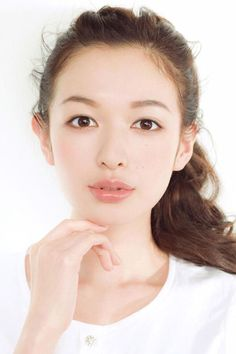 Natural Makeup Erika Mori More - You only need to know some tricks to achieve a perfect image in a short time. Beauty Makeup, Hair Makeup, Hair Beauty, Makeup Drop, Eye Makeup, Organic Makeup, Natural Makeup, Natural Beauty, Asian Makeup Before And After